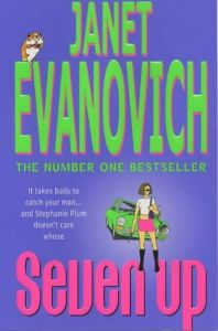 Seven Up by Janet Evanovich - Paperback
